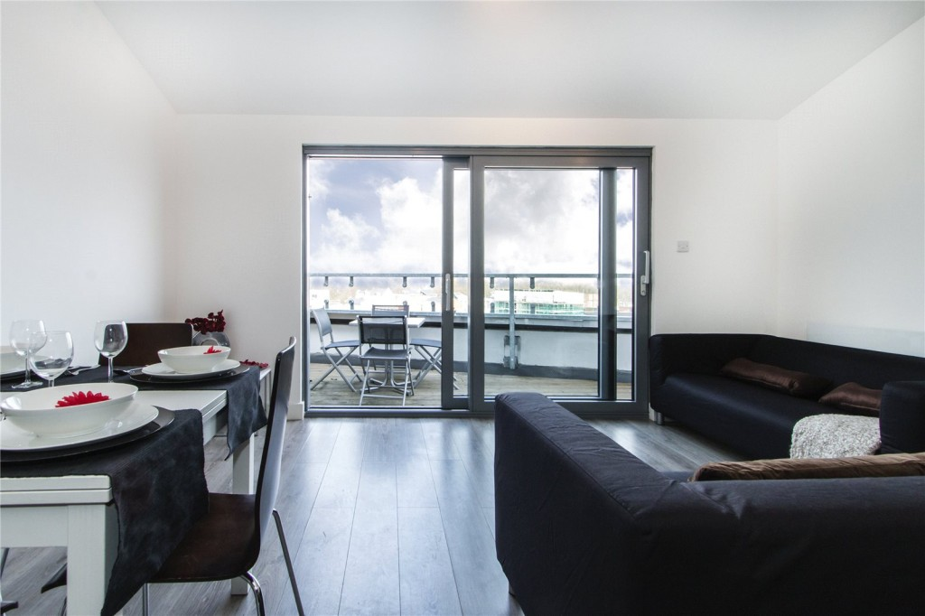 Hackney Penthouse Apartment Rental